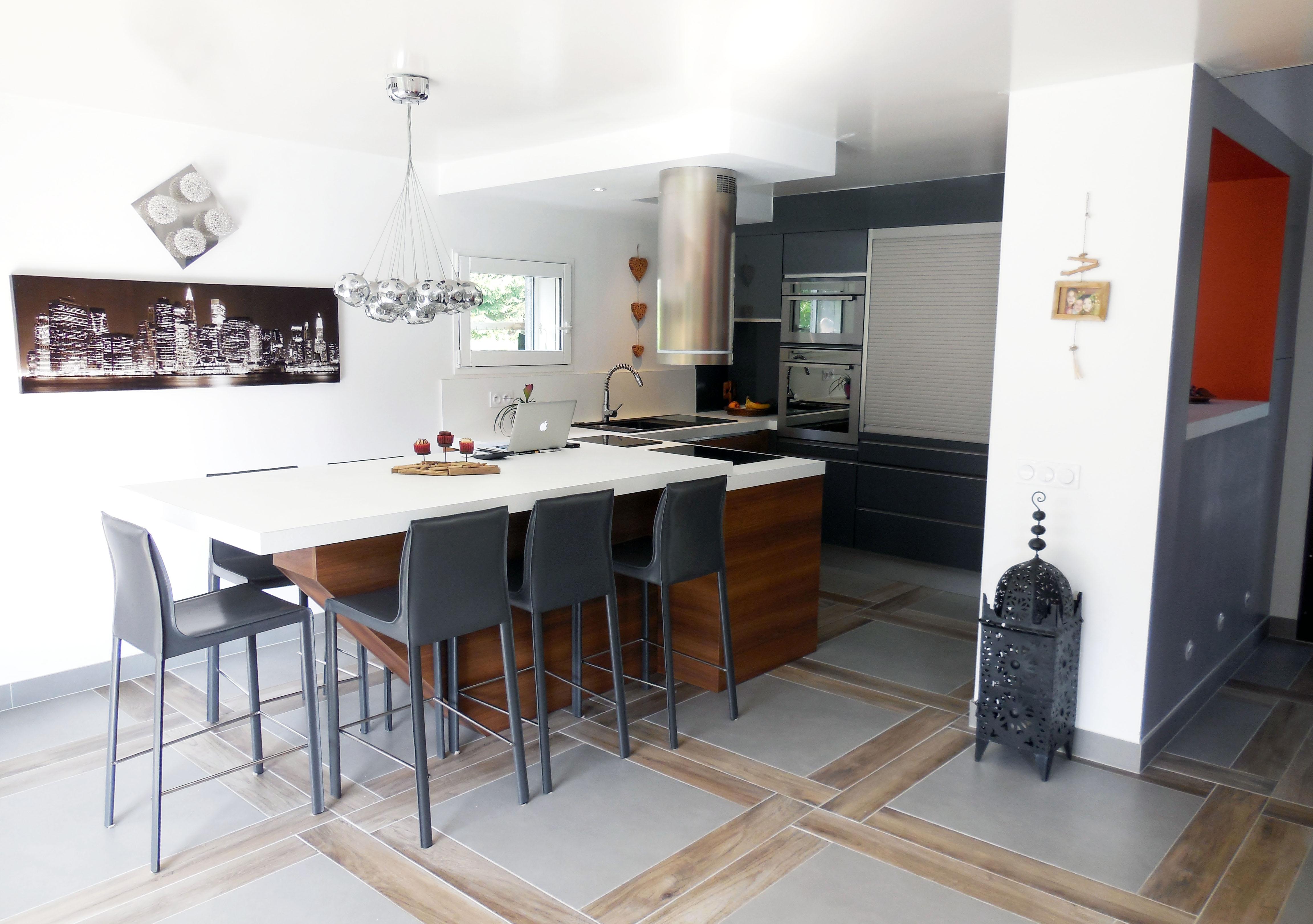 Mod le et ambiance de cuisine design contemporaine for Modele cuisine en u